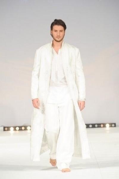 Jabador homme marriage 2012 nissan